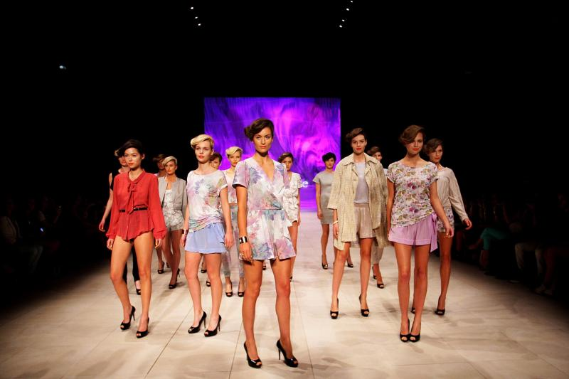 MBFFS 2012: Whitney Eve -  Catwalk