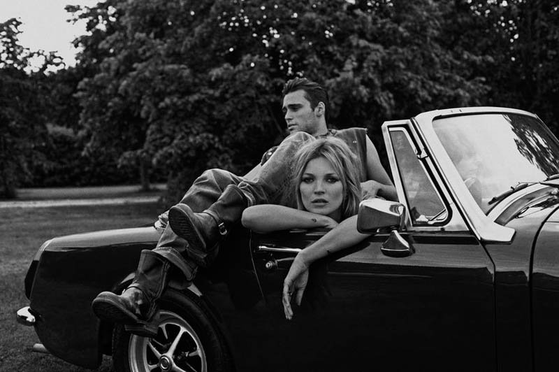 800x532xkate-moss-outdoor-shoot6.jpg.pagespeed.ic.dy_9hmSxT6