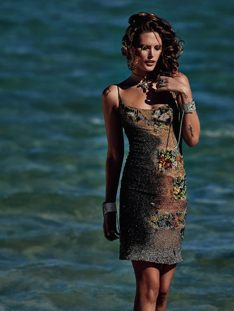 catherine-mcneil-gilles-bensimon-vogue-australia-october-2014-1