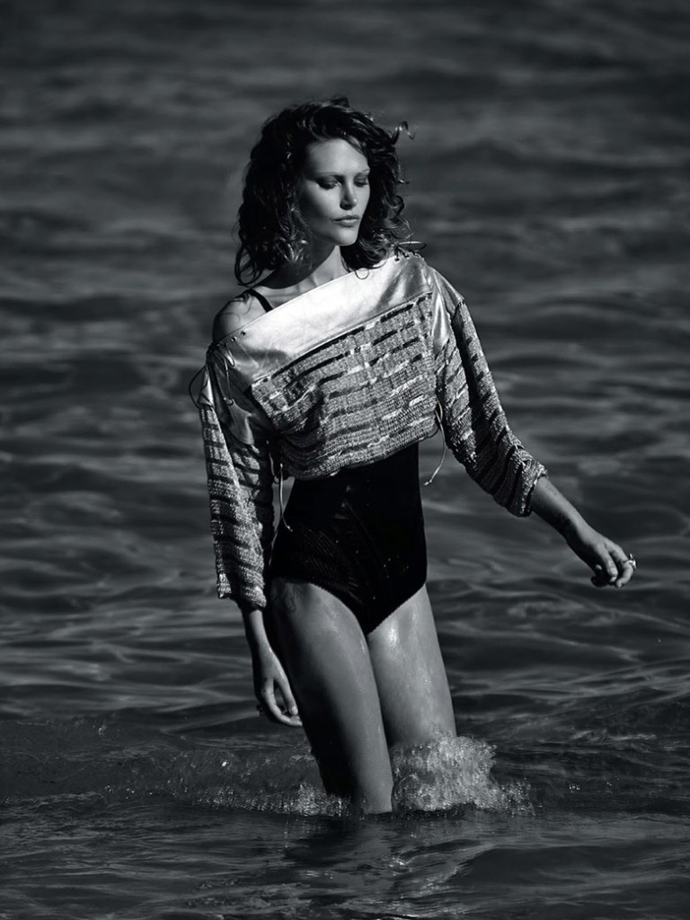 catherine-mcneil-gilles-bensimon-vogue-australia-october-2014-4